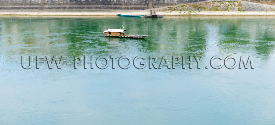 Passagierfähre Kabel Fluss Überqueren Malerisch Tourismus Flie