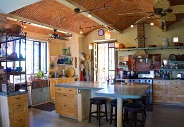16.LaPaloma.kitchen.jpg
