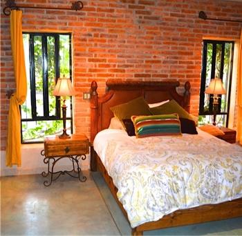 24.LaPaloma.bed2.jpg