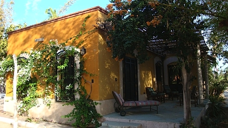 04.LaPaloma.patio.jpg