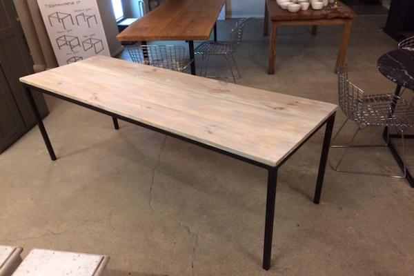 Tisch Kiefer