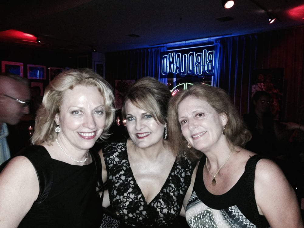 Hanging with fellow jazzbirds Amy London and Judy Niemack at Birdland, NYC
