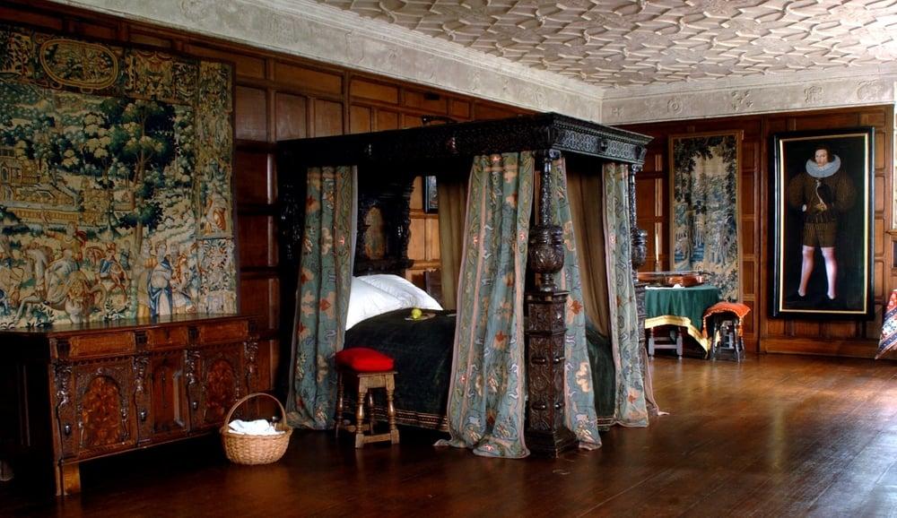 Agecroft parlor,courtesyof shakespearetheage.blogspot.com