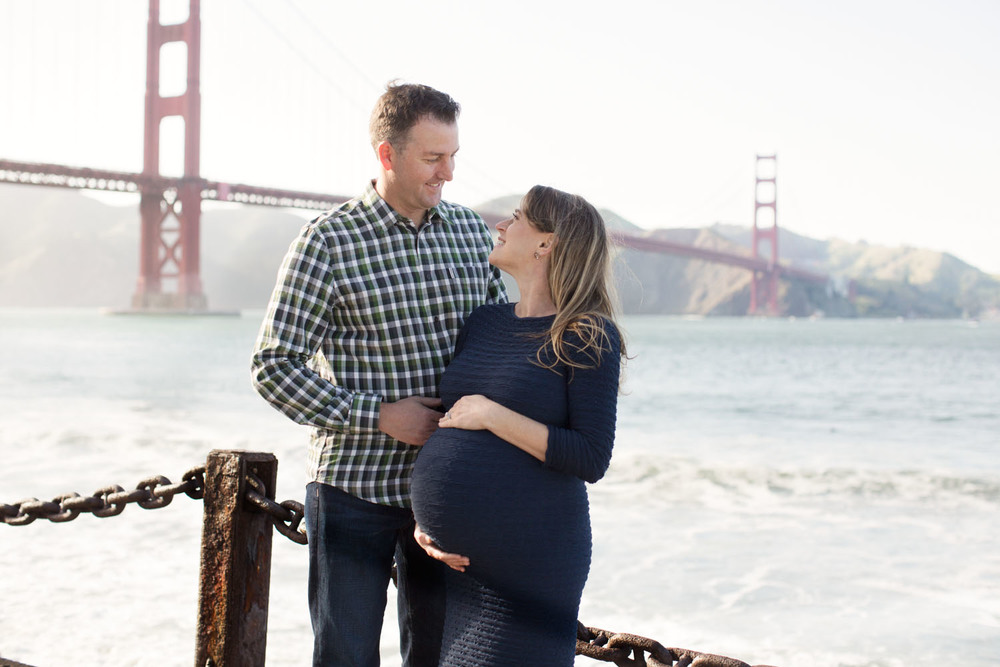 golden-gate-bridge-maternity-photos