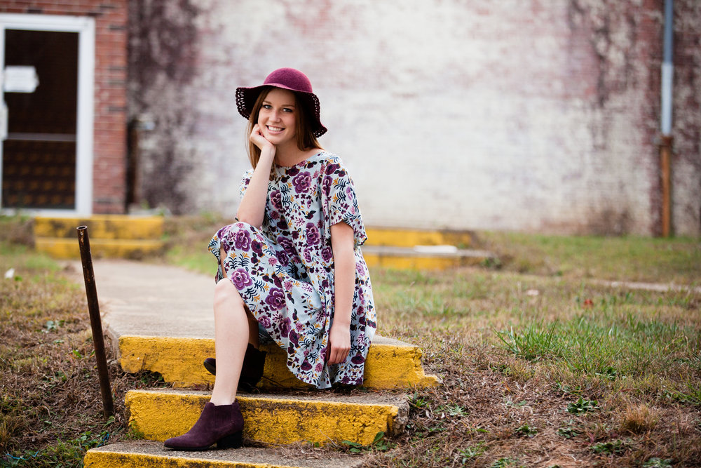 Lizzie Burnett Senior 110816-44.jpg