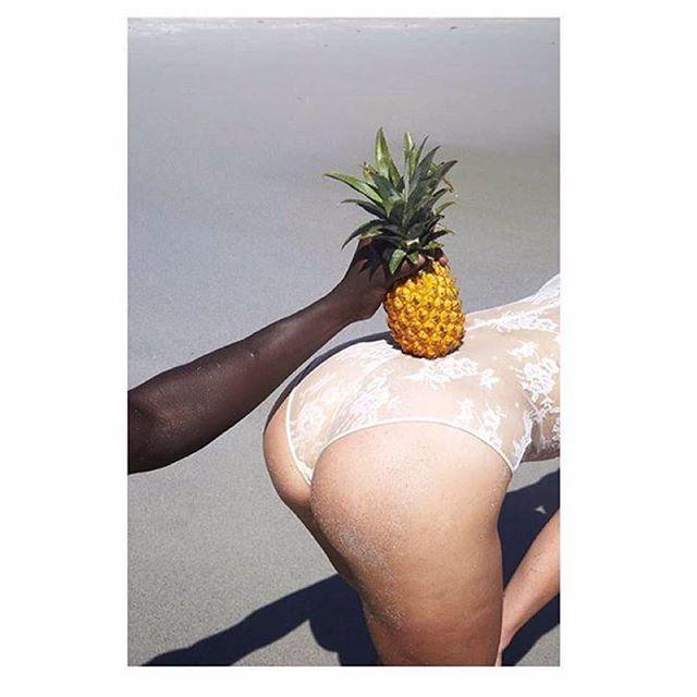 SILENT ROW: pineapple, gin, lime, falernum, cilantro & sesame oil #newcocktailmenu