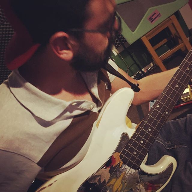We definitely don't like doing what we already did. That's why he came out as a beastie boy. New basslines for new songs. #nextrecord #preproduction #music #people #bigplan #what  #nothingforbreakfastclub