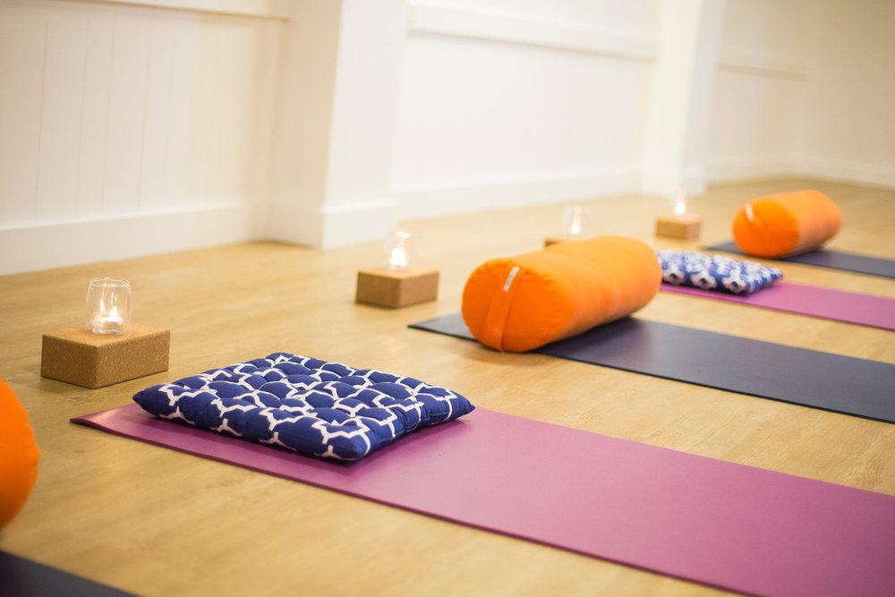 yoga-gladstone-basics