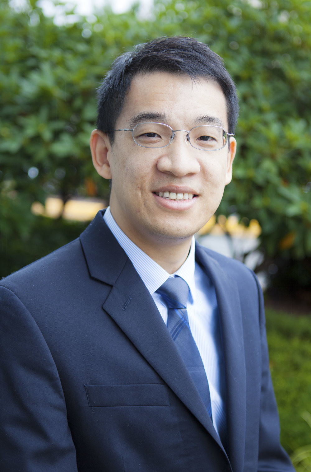 Dr. Allen Liu of Puget Sound Perio