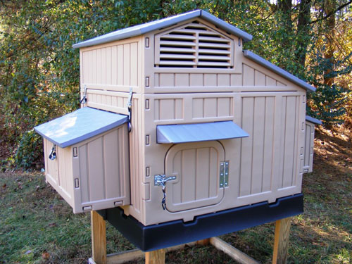 We stock SNAP LOCK chicken coops!