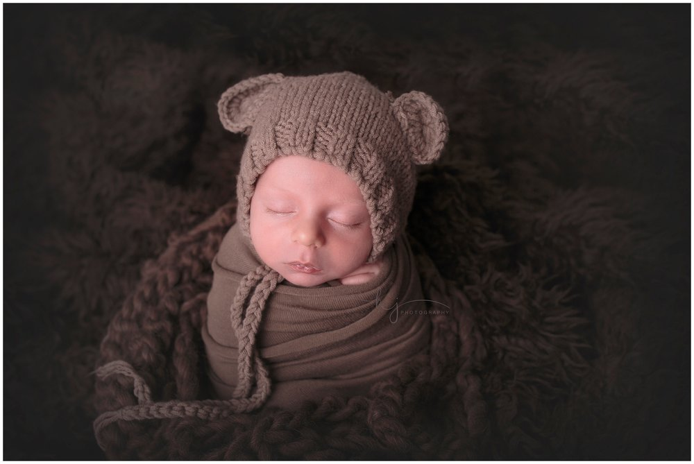 Kayla J Photography, newborn photographer, seattle newborn photograher, newborn boy, newborn studio photographer (7).jpg