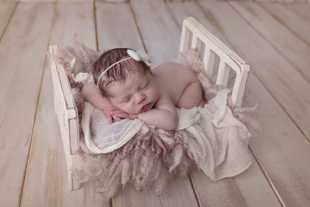 Snohomish County newborn photographer (6).jpg