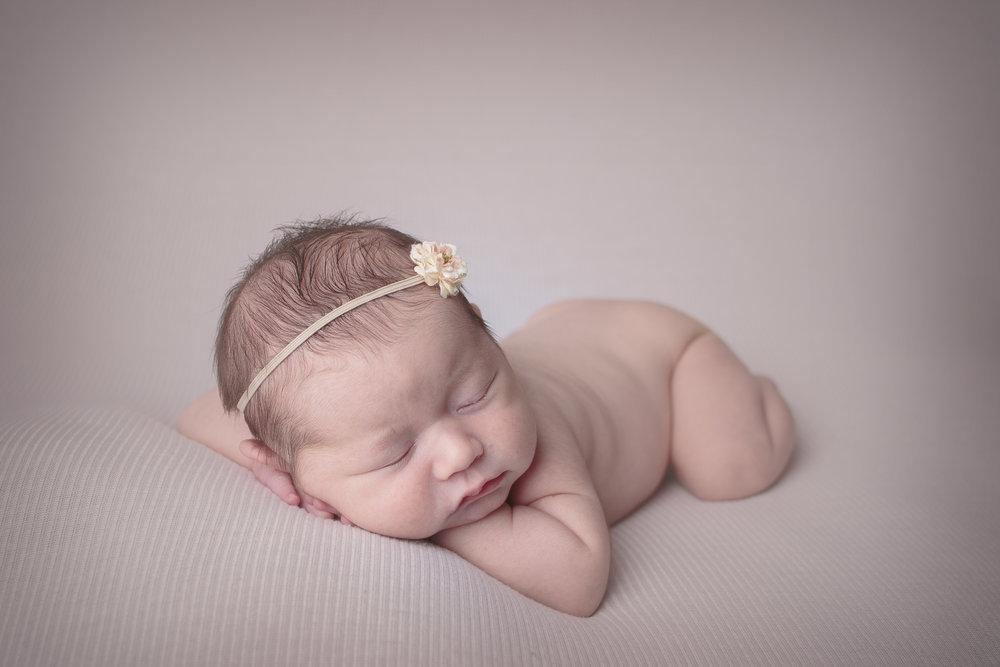 Redmond Newborn Photograher (8).jpg