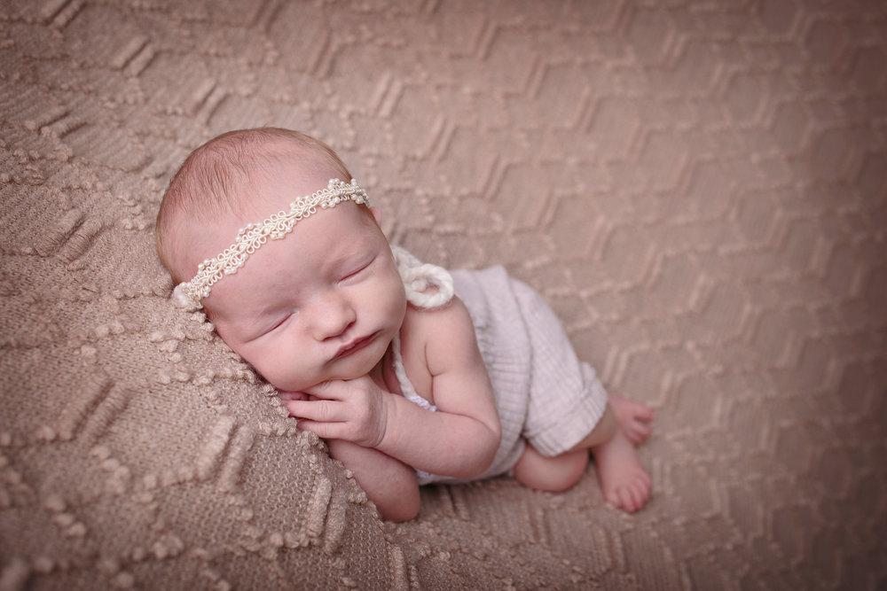 seattle newborn photographer (4).jpg