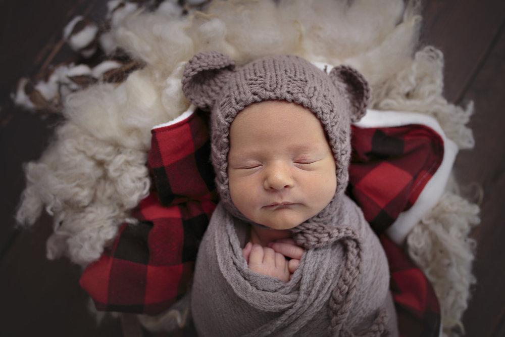 Snohomish County newborn photographer (7).jpg