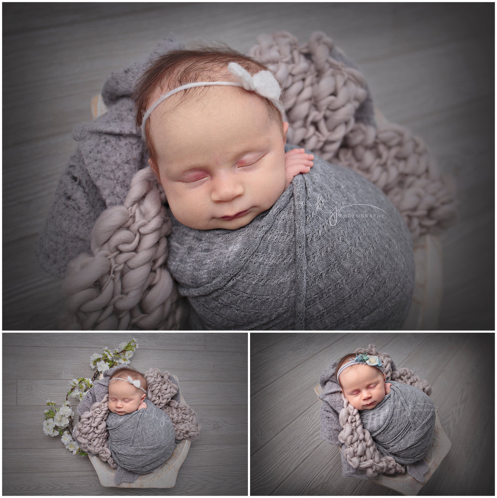 Seattle Newborn photographer.jpg