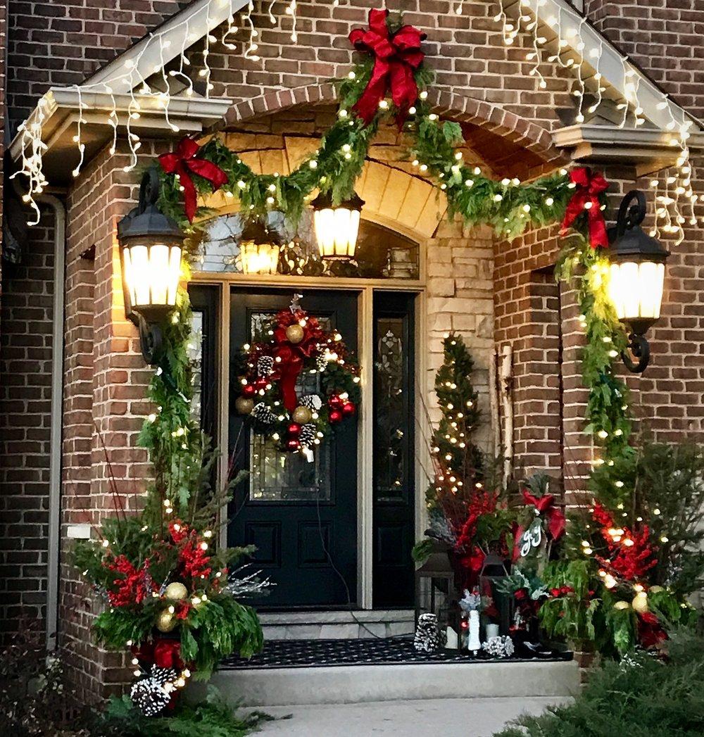 Outdoor Holiday Decor -