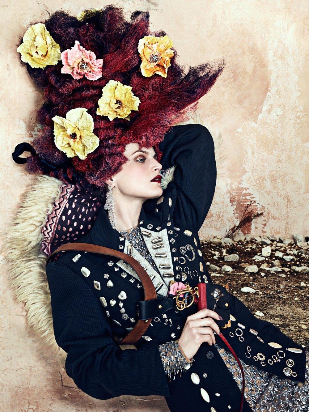 cr-fashion-book-no9-fall-winter-2016-guinevere-van-seenus-by-bjorn-iooss-05.jpg
