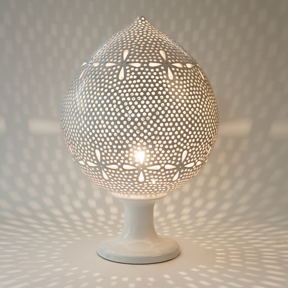 GdS - Enza Fasano Honeycomb Pumo Blossom Lantern (full).jpg