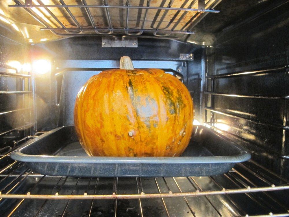 Zucca_al_Forno_Roasted_Pumpkin_with_Cheese-Mushroom_17.JPG