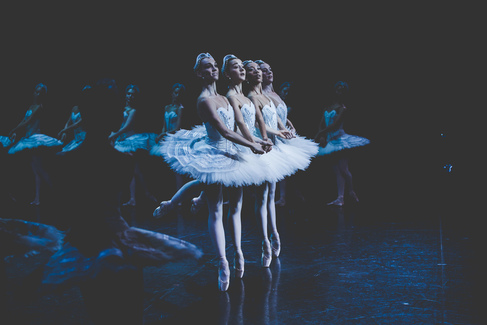Swan Lake side stage Jones King-Wall- PhotoKateLongley-0G4A02992016-286.jpg