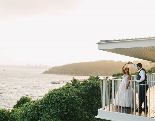 Sunday's perfect sunset with Diana and Grant - congratulations guys! And how good is the view from @sergeantsmess . . . . #sydneywedding #sunset #sydney #justmarried #wedspo #love #couple #sydneyharbour #featuremeoncewed #weddingdance #greenweddingshoes #junebugweddings #byronbayweddingphotographer #sydneyweddings #sydneyweddingphotography #sydneyweddingphotographer
