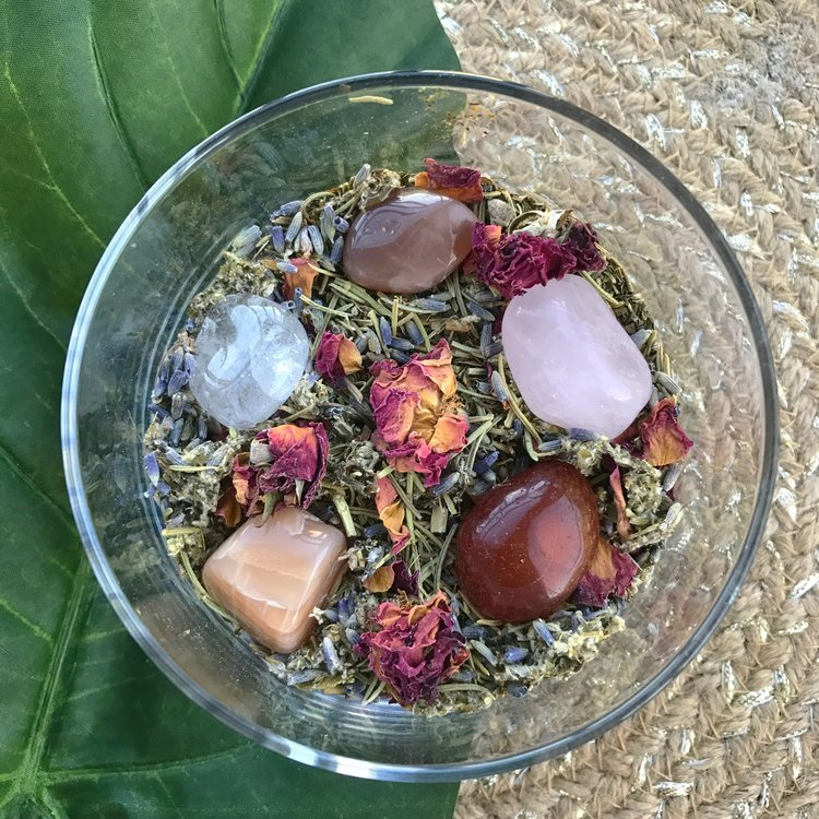 Make your own yoni steam ahimsa boutique in your own homemade yoni steam if desired you can add certain gemstones and crystals for further healing purposes see below for a list of herbs and solutioingenieria Gallery