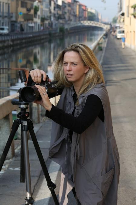 Robyn Lea shooting in Milan.JPG