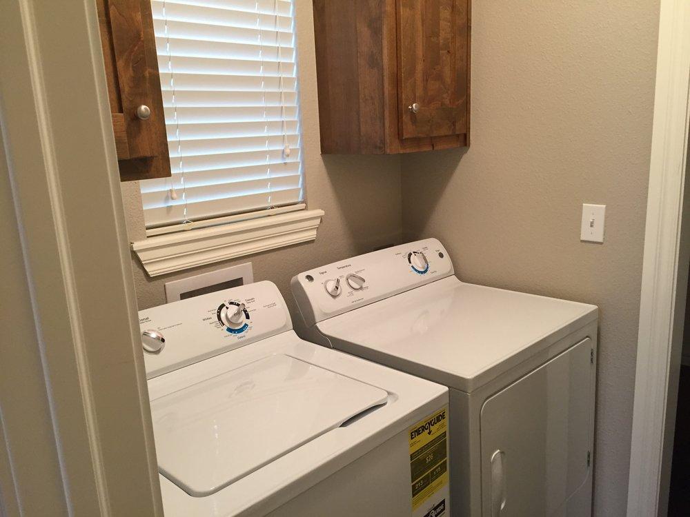 3440 Chelsea One Laundry