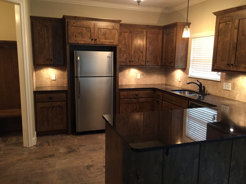 3424 Franklin Kitchen A