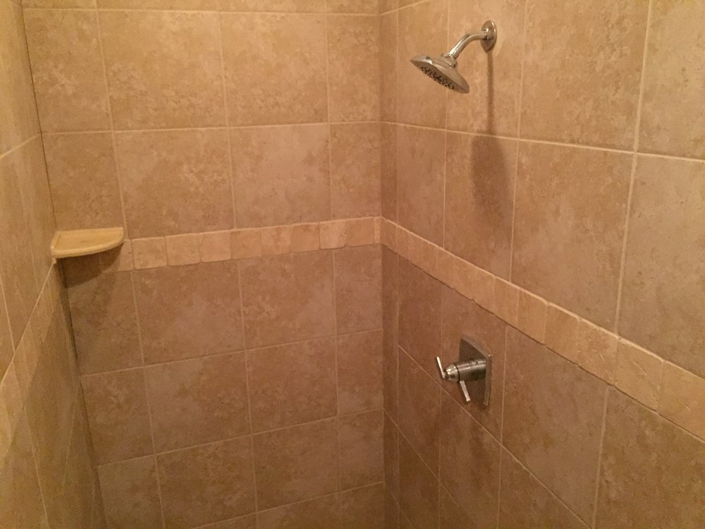3420 Madison Walk In Shower.JPG