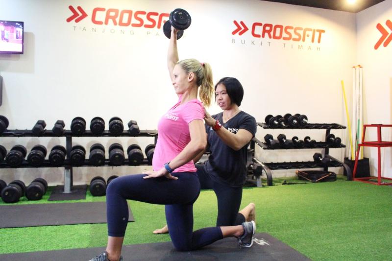 tsevty pregnant-exercise.jpg
