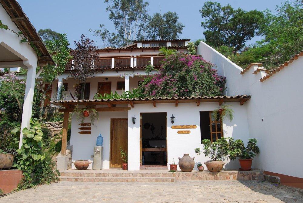 Hotel & Restaurante Guanacos, Gracias Lempira
