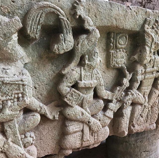 Stop poking me! #poke #maya #copan #mayan #honduras #sculpture #detail