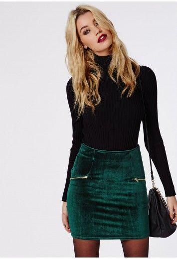 Falda verde de gamuza