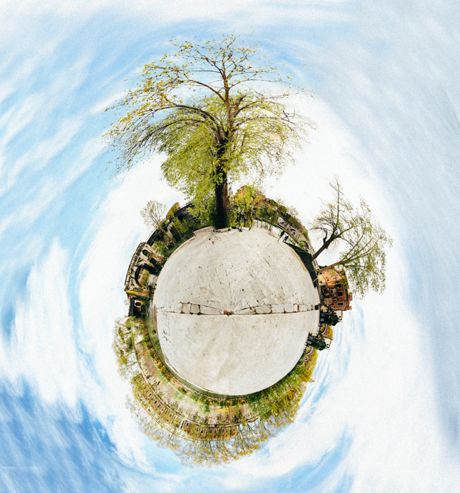 sphere xi.jpg