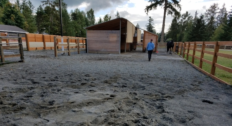sand, gravel, stall mats as footing.jpg