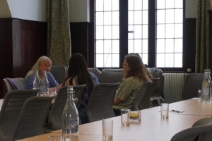 Alison Hennegan with supervision group, Woolf's Rooms, July 2017