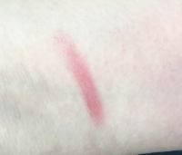 Swatch of Clinique Chubby Stick Moisturizing Lip Colour Balm in Super Strawberry