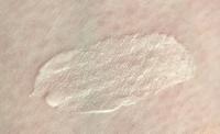 Swatch of GLAMGLOW GLOWSTARTER Mega Illuminating Moisturizer in Nude Glow