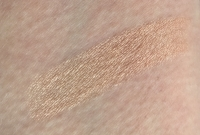 Swatch of Benefit Cosmetics Watt's Up! Cream-to-Powder Highlighter
