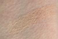 Swatch of Benefit Cosmetics Watt's Up! Cream-to-Powder Highlighter