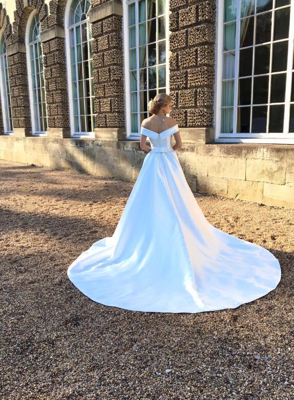 Catherine Parry Bridal at Iconic Bride, Edwinstowe Notts