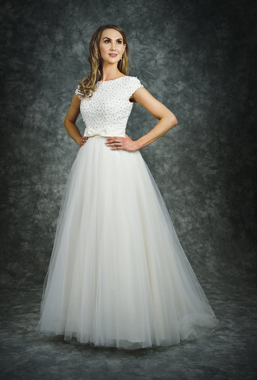 Catherine Parry style 1509 size uk 14 in Ivory Now: £450