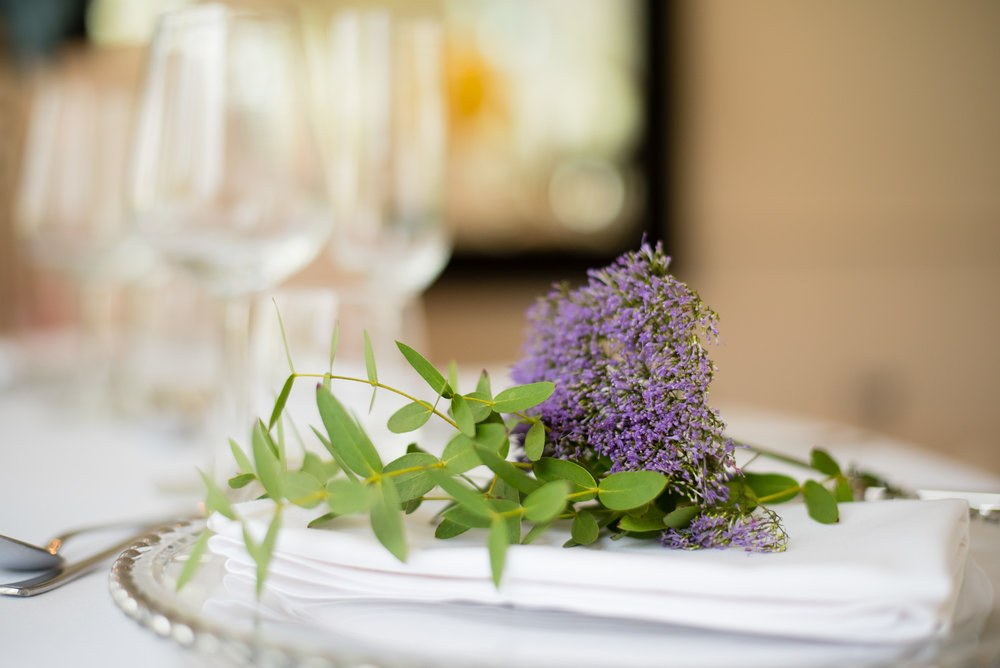 When less really is more. Keep things simple with single placed flower and accompanying green foliage.