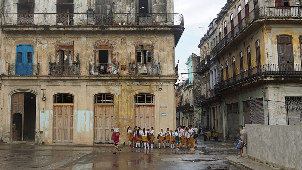 Girls getting out of school, Havana