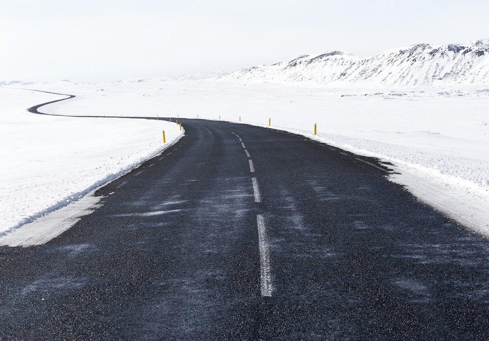 roadway-1081719_1920.jpg