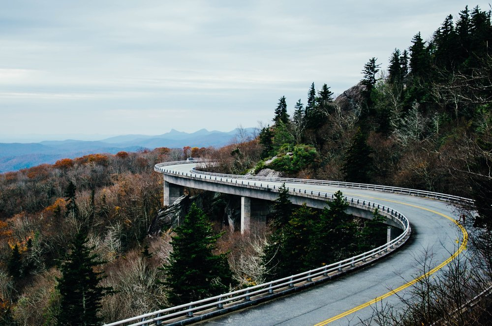 road-1030789_1920.jpg