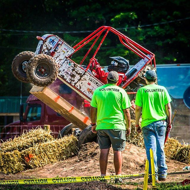 #tbt to the suspension event at Baja SAE Rochester. We finished 36th. PC to @jturalba #bubaja #gobu #bajasaerochester #bajasae #grownupplayground