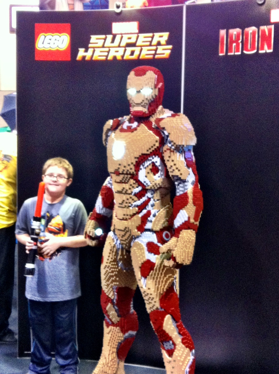 Lego people. More my speed (And yes, I purposely took advantage of another families photo op)